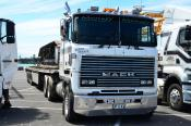 Mack Ultraliner,  Menefy Transport, Palmerston North